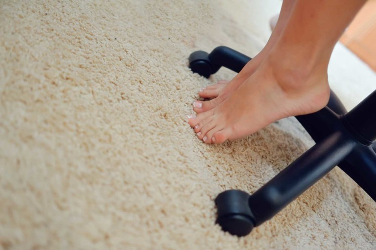 How to clean your carpet with salt and alcohol