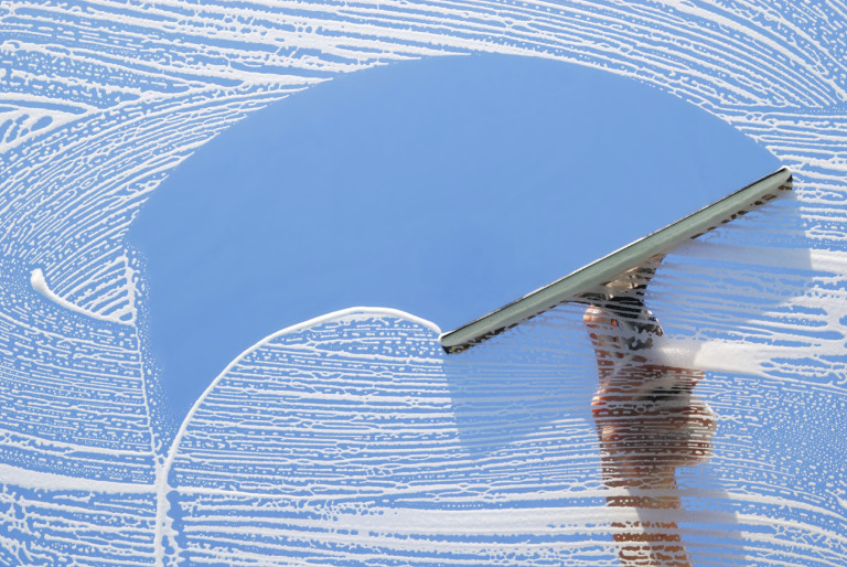 7 tricks to quickly and efficiently wash your windows