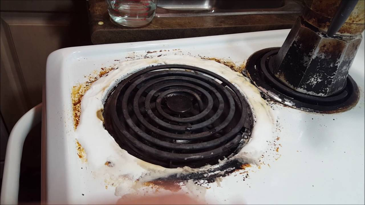 Homemade Non Toxic Solution To Clean Up A Burnt Stove And